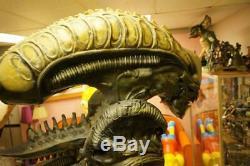 Aliens Alien Predator Life Size Statue Movie Store Display Prop Huge Rare