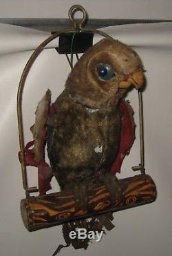 Brad Pitt Twelve Monkeys Parrot Battery-op Toy Screen Used Movie Prop