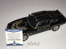 Burt Reynolds Rare Signed 118 Scale Prop Car Smokey And The Bandit Movie BAS