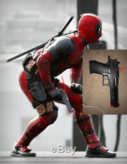 Deadpool screen used pistol Beretta screen worn original movie prop wardrobe Gun