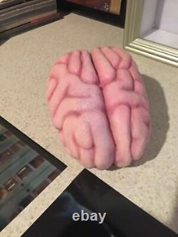 Extremely Rare! Scary Movie 2 Original Screen Used Shorty's Brain Movie Prop