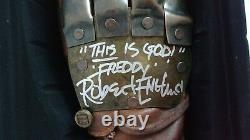 (JSA) Authenticated Nightmare Elm Street Glove Signed by Robert Englund