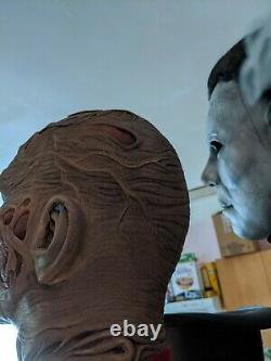 Life size bust 1.1freddy krueger nightmare on elm street horror figure sideshow