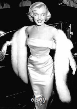 Marilyn Monroe. Pre Owned by Marilyn Movie Film Props Memorabilia Collectibles