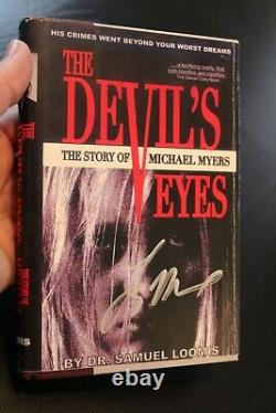 Rob Zombie's Halloween Dr Loomis Book The Devils Eyes Micheal Myers JSA