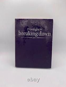 The Twilight Saga Breaking Dawn Part 1 Collectors Gift Set withWedding Flower
