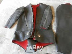 Time Bandits original screen used Strutter Wet suit and Props with Lifetime COA