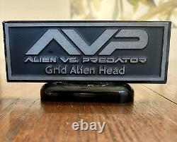 Xenomorph Partial Grid Alien Head Screen Used Movie Prop Aliens Vs Predator